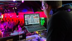 dj stand for laptop